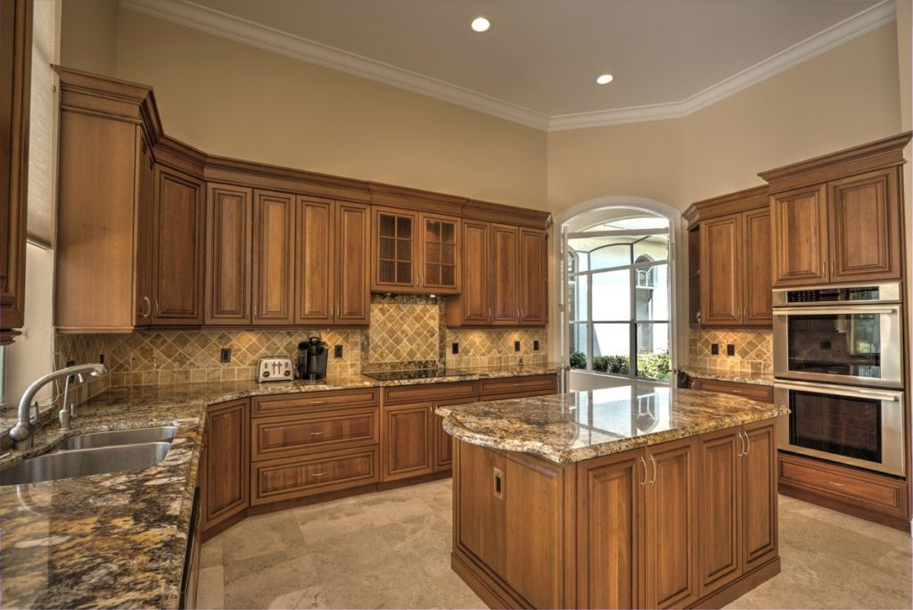 Tampa Custom Kitchen Remodeling Pros Countertops Bathrooms Renovations Cabinets Flooring