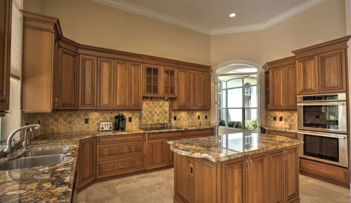 Tampa Custom Kitchen Remodeling Pros - countertops, bathrooms, renovations, custom cabinets, flooring-140-We do great kitchen & bath remodeling, home renovations, custom lighting, custom cabinet installation, cabinet refacing and refinishing, outdoor kitchens, commercial kitchen, countertops and more