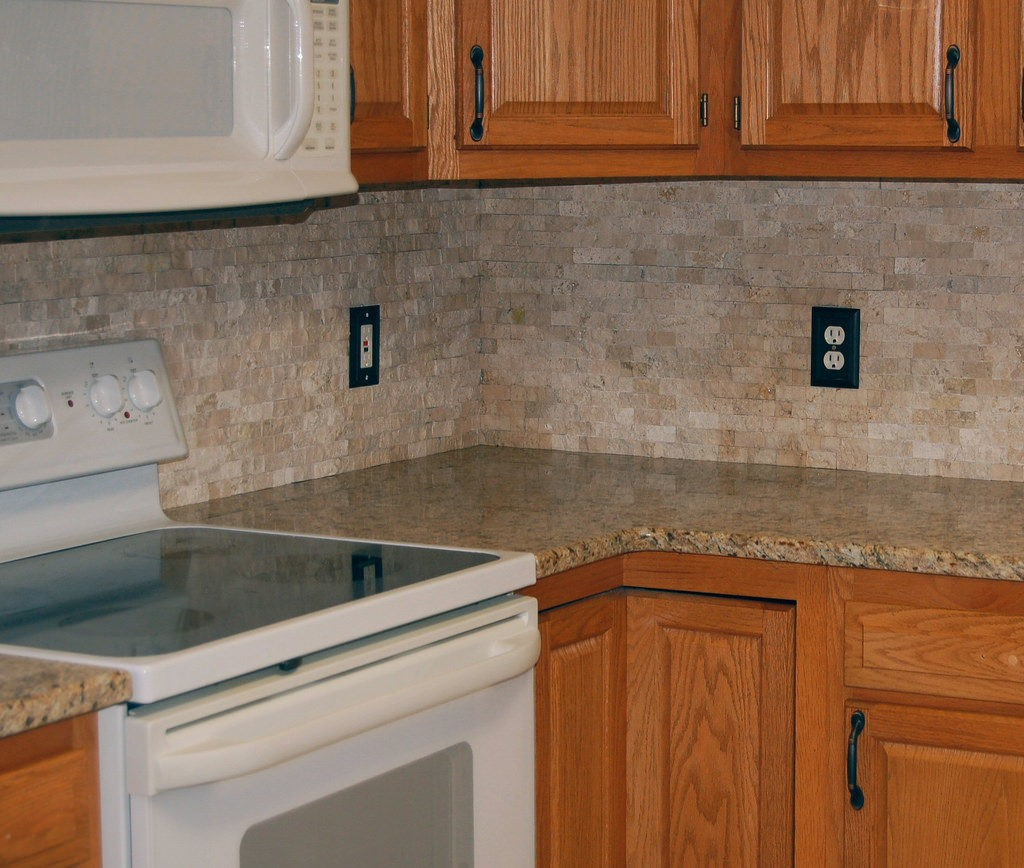 Tampa Custom Kitchen Remodeling Pros - countertops, bathrooms, renovations, custom cabinets, flooring-141