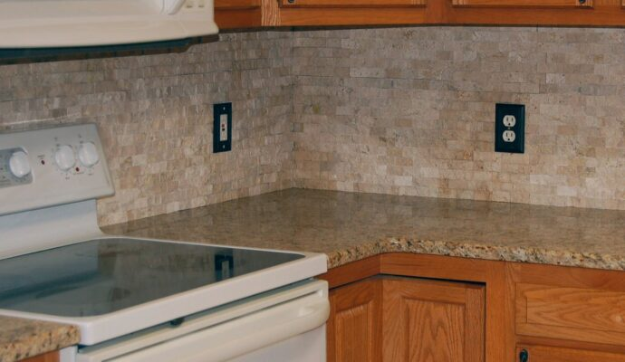 Tampa Custom Kitchen Remodeling Pros - countertops, bathrooms, renovations, custom cabinets, flooring-141-We do great kitchen & bath remodeling, home renovations, custom lighting, custom cabinet installation, cabinet refacing and refinishing, outdoor kitchens, commercial kitchen, countertops and more