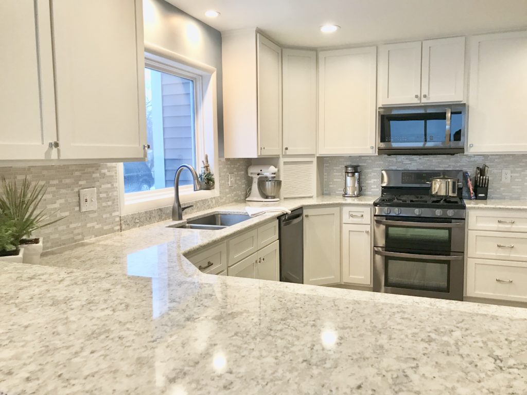 Tampa Custom Kitchen Remodeling Pros - countertops, bathrooms, renovations, custom cabinets, flooring-91