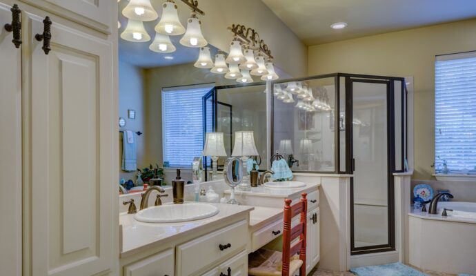 Tampa Custom Kitchen Remodeling Pros - countertops, bathrooms, renovations, custom cabinets, flooring-156-We do great kitchen & bath remodeling, home renovations, custom lighting, custom cabinet installation, cabinet refacing and refinishing, outdoor kitchens, commercial kitchen, countertops and more
